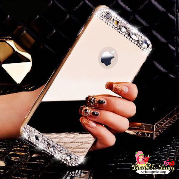 Stylish Girls With Mobiles Profile Pictures